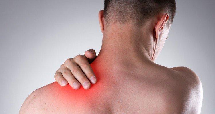 Dor no braço esquerdo e ombro. Causas e tratamento